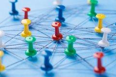 Messung dynamischer Spillover-Effekte: Contagion von Staaten, regulatorische Effekte und Marktsektoren