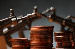 Terrorismus, organisierte Kriminalität und Geldwäsche: Differenzierung von Geldwäsche und Terrorismusfinanzierung