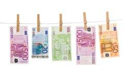 Versagen der internen Kontrollen: Deutscher Bank droht Millionenstrafe im Geldwäsche-Skandal